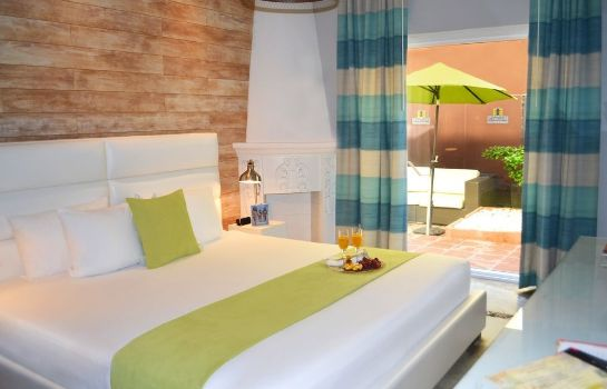 Pokój standardowy a South Beach Group Hotel Chesterfield Hotel & Suites