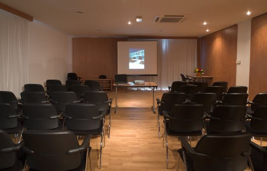 Sala congressi Quality Suites Bordeaux Aeroport And Spa