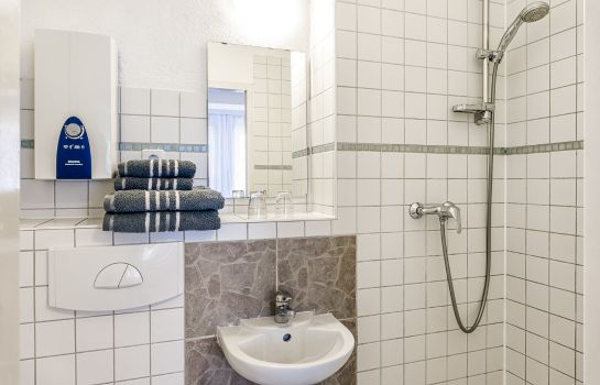 Badezimmer 1A Apartment Pension-Guesthouse