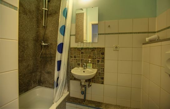 Info 1A Apartment Pension-Guesthouse