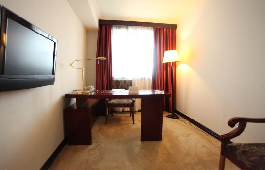 Room Hua Jun Suite
