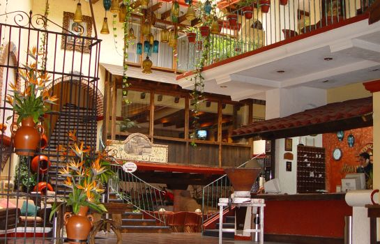 Vista all'interno Mision Xalapa