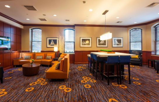Bar del hotel Courtyard Boston Copley Square