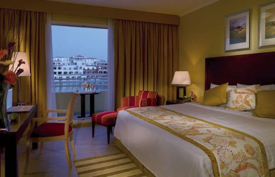 Room Marriott Executive Apartments Dubai Green Community