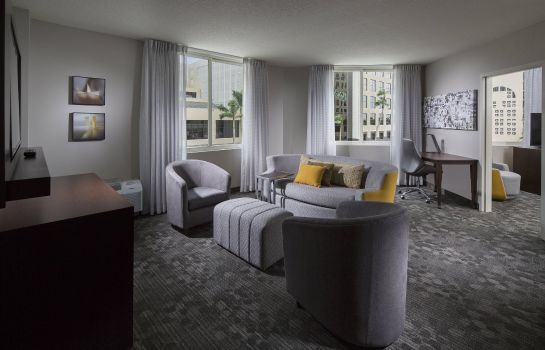 Suite Courtyard Miami Dadeland