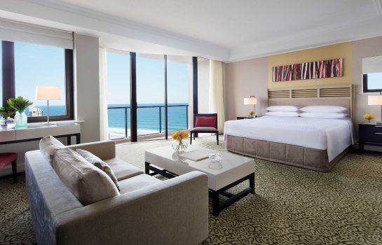 Room Surfers Paradise Marriott Resort & Spa