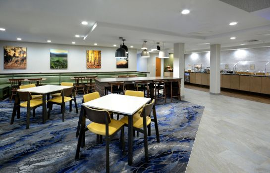 Restaurant Fairfield Inn Greensboro Airport