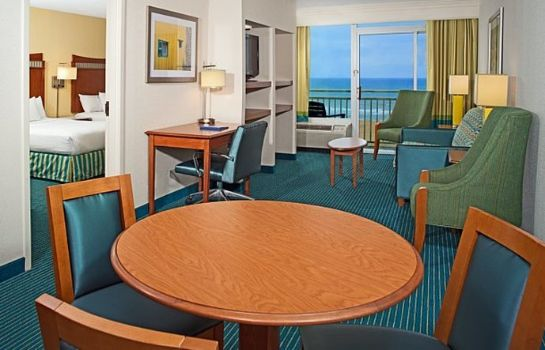 Camera Fairfield Inn & Suites Virginia Beach Oceanfront