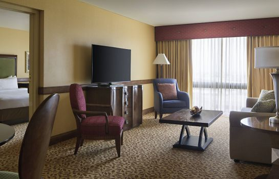 Suite Houston Marriott South at Hobby Airport