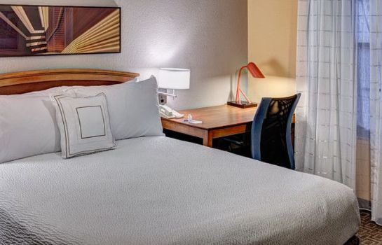 Zimmer TownePlace Suites Dallas Las Colinas