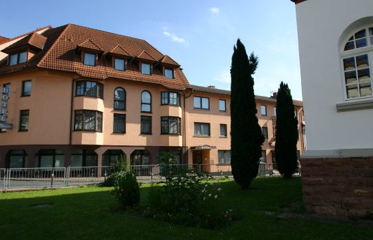 Exterior view Traube