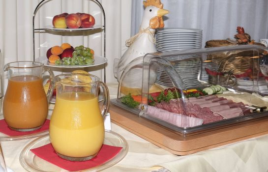 Breakfast buffet Traube