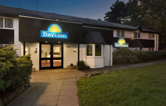 Exterior view Days Inn Fleet Welcome Break Service Area