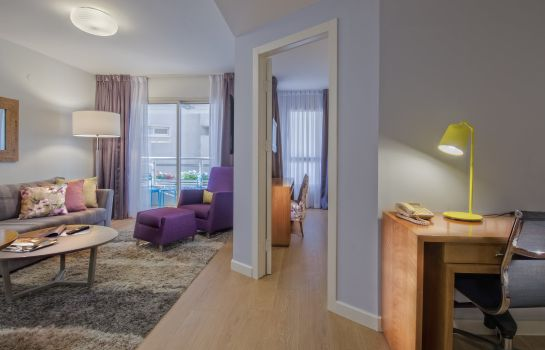 Suite Lusky Hotel Rooms & Suites