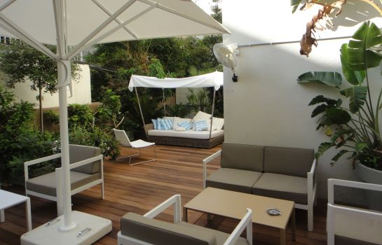 Terrasse Lusky Hotel Rooms & Suites