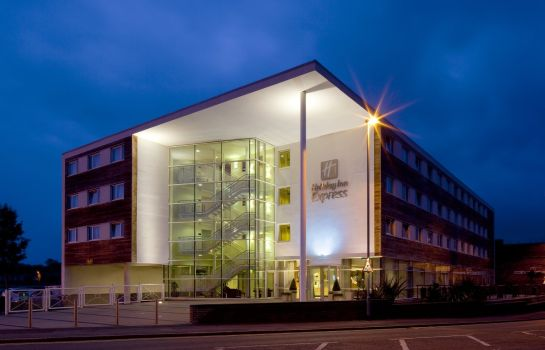Außenansicht Holiday Inn Express CHESTER - RACECOURSE