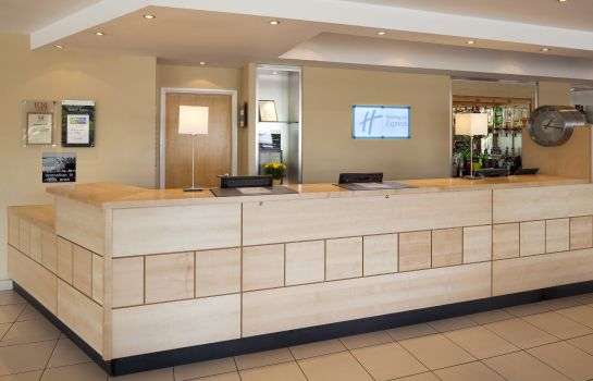 Hotelhalle Holiday Inn Express CHESTER - RACECOURSE