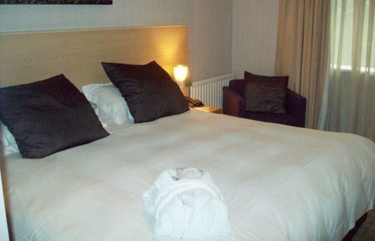 Zimmer Beales Hatfield A Beales Hotel