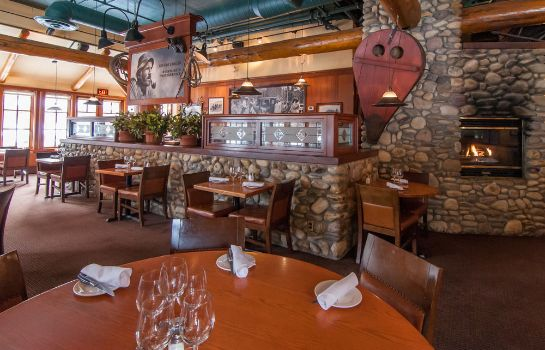Restaurante Banff Caribou Lodge and Spa