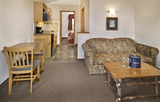 Suite PYRAMID LAKE RESORT