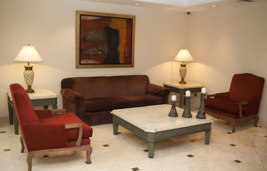 Vista interior Los Tallanes Hotel & Suites