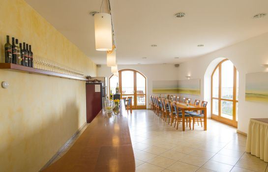 Breakfast room Weingut & Pension zum Seeblick Familie Sattler