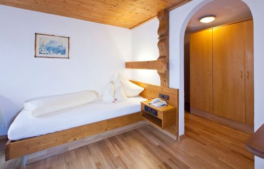 Single room (standard) Beauty und Sporthotel Tirolerhof
