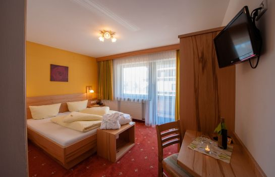 Info Garni RUSTIKA - Hotel Pension & Appartements