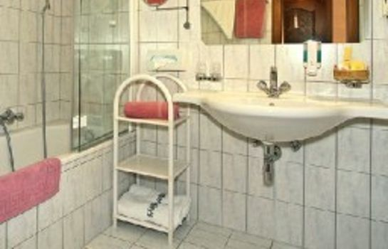 Badezimmer Hotel Pension Margit