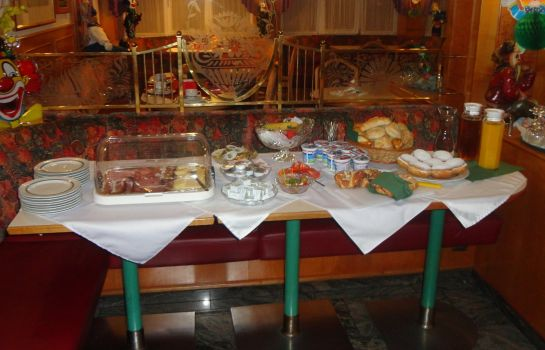 Breakfast buffet Cafe Lorenz