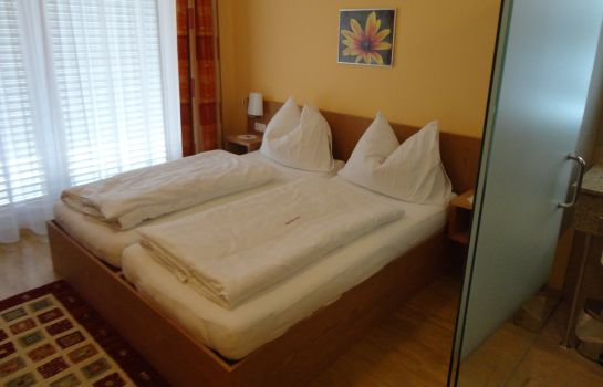 Double room (standard) Cafe Lorenz