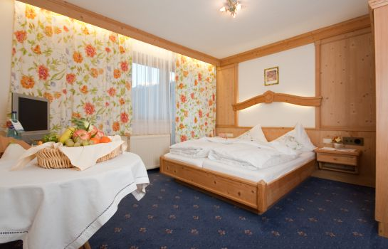 Doppelzimmer Standard Olympia-Relax-Hotel Leonhard Stock