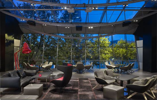 Bar del hotel Park Plaza London Riverbank