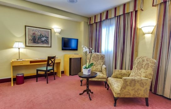 Suite Aida Hotel - Madrid Airport