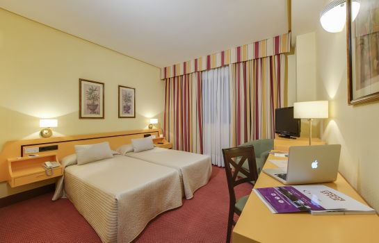 Double room (standard) Aida Hotel - Madrid Airport