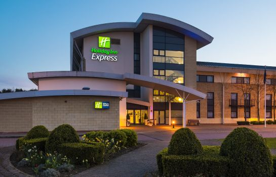 Vista exterior Holiday Inn Express NORTHAMPTON - SOUTH