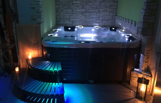 Whirlpool Medinek Old Town