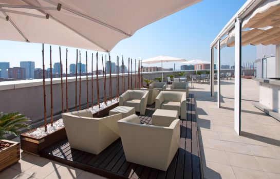 Terrasse Hotel BCN Condal Mar managed by Melia