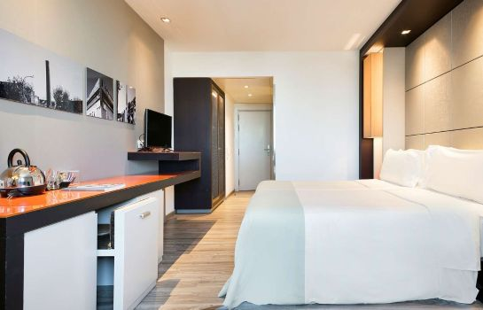 Doppelzimmer Komfort Hotel BCN Condal Mar managed by Melia