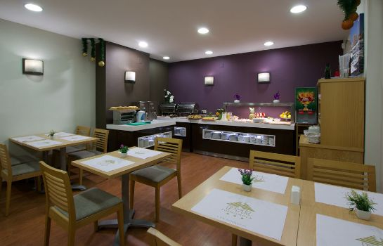 Breakfast room Hotel Pyr Fuengirola