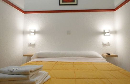 Standard room Pension Alicante