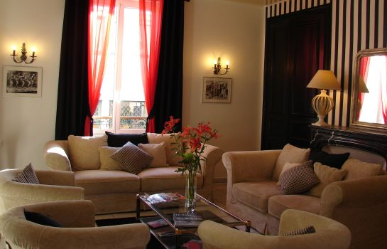 Hotel Le Charleston - Le Mans – Great prices at HOTEL INFO