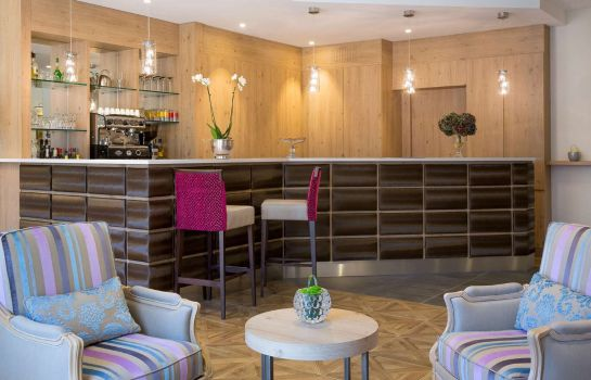 Hotel-Bar BEST WESTERN Plus Hotel Le Rive Droite & SPA