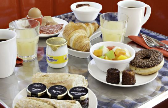 Buffet prima colazione Sure Hotel by Best Western Bordeaux Aeroport