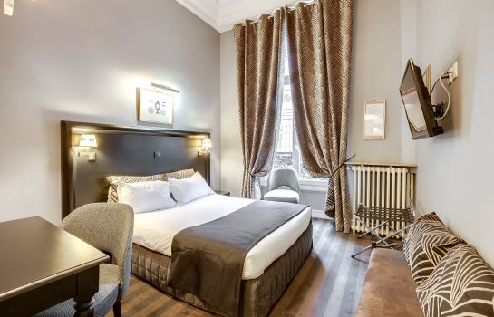 Double room (standard) Opera Maintenon
