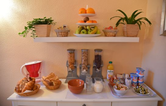 Breakfast buffet Hotel du Parc