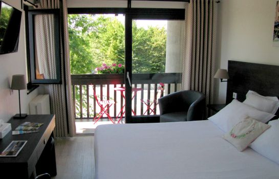 Double room (superior) Logis hôtel Annecy Nord / Argonay