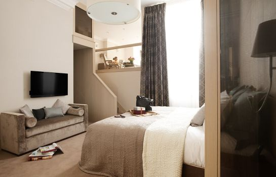 Suite The Claverley Hotel London