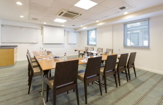 Sala de reuniones Holiday Inn Express LONDON - EARL'S COURT