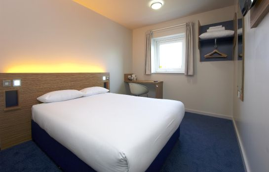 Double room (standard) TRAVELODGE EDINBURGH DREGHORN